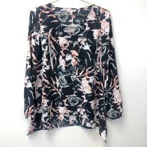 Juicy Couture Tops - Juicy Couture Floral Long Sleeve Blouse Small